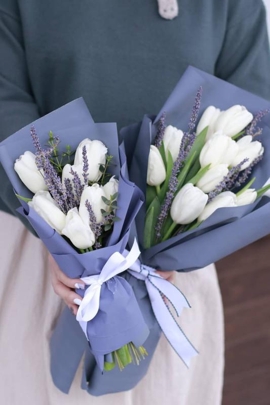 Монобукет из тюльпанов для мамы и дочки А0088