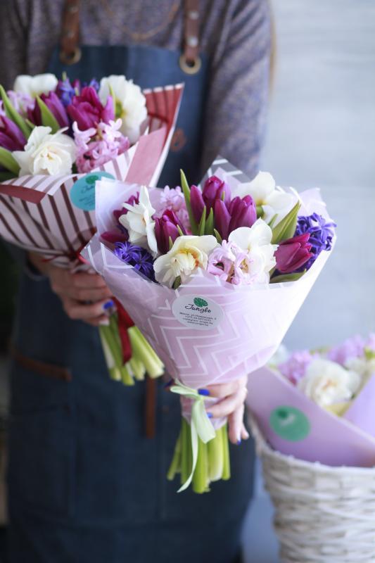 Букет цветов В0094