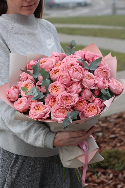 Монобукет из пионовидных роз Джульетта А0020