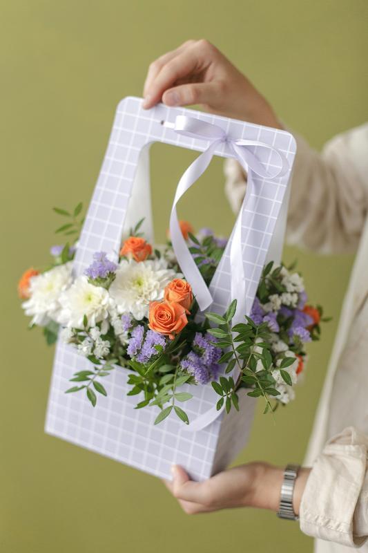 Цветы в сумочке С0109