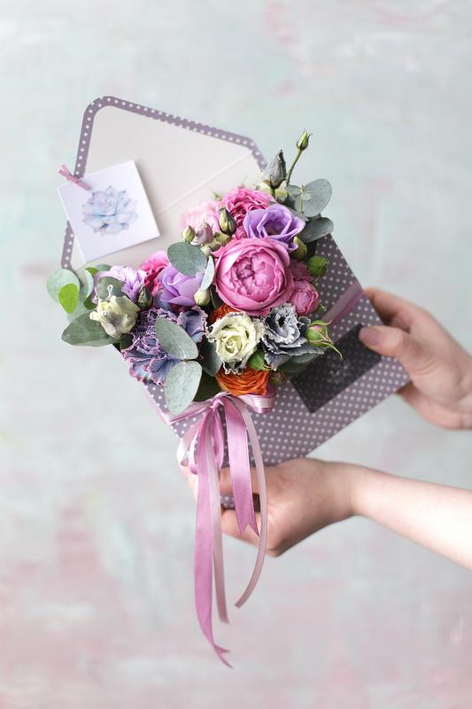 Конверт с цветами С0031