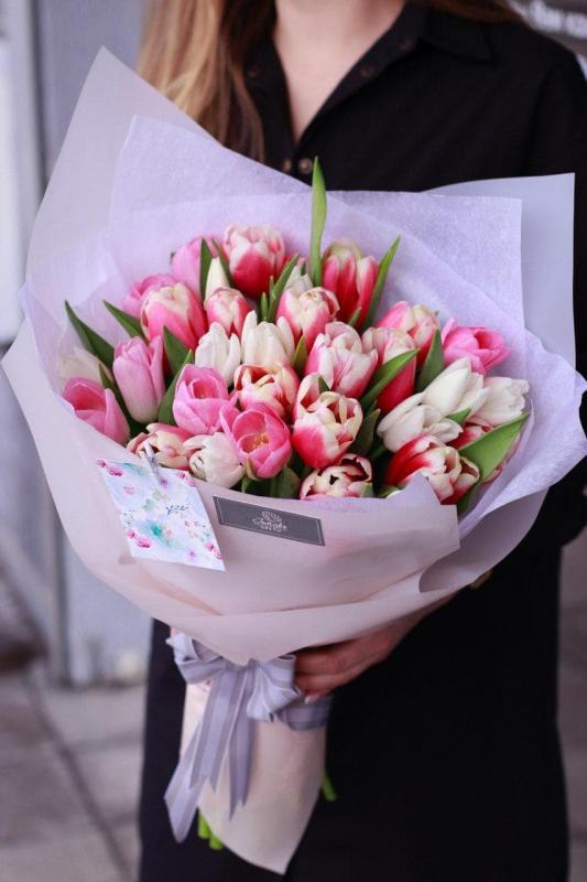 Букет тюльпанов B0095